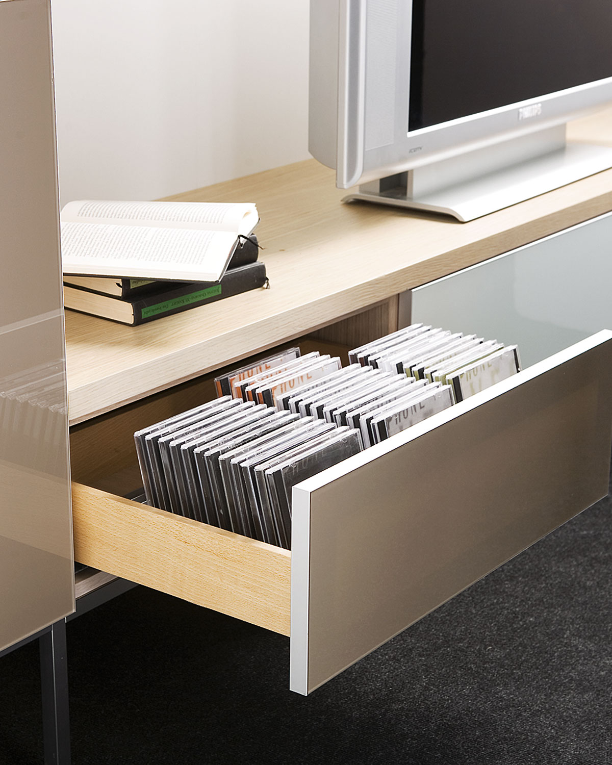 Komplet concealed runners for wooden drawers